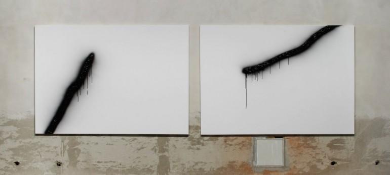 02 Vyvolaný - 2009, 2x220x155 cm, syntetika na plátně + fotogtafie-web