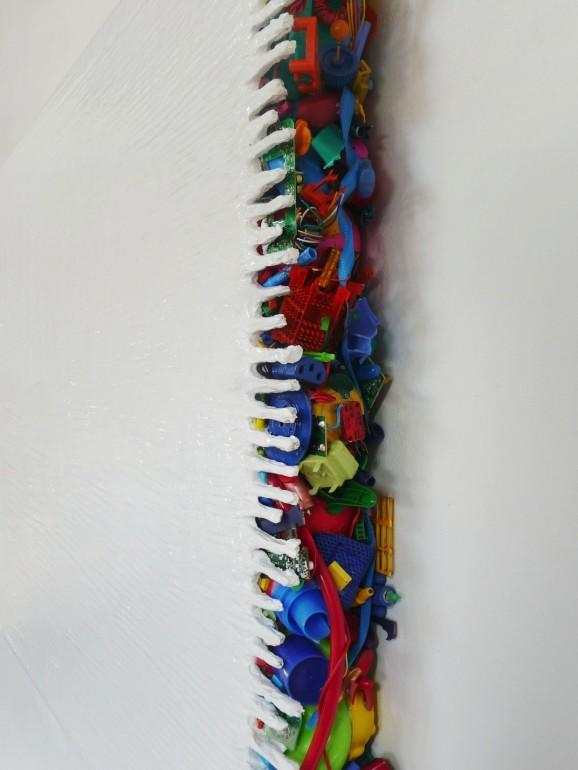 05 Minimax - 2004, 150x160x6 cm, syntetika na plátně, plast, kov (2)