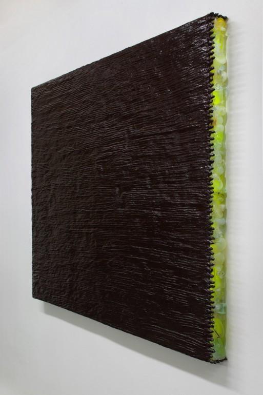 06 Minimax - 2008, 120x160 cm syntetika na plátně, plast, sklo