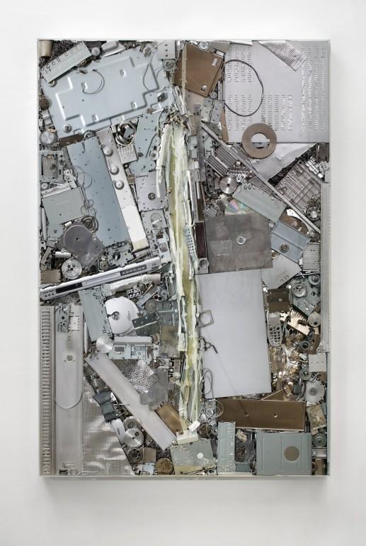 12 Vnitřní malba 2012, kov , silikon, 160x110x10 cm (2)