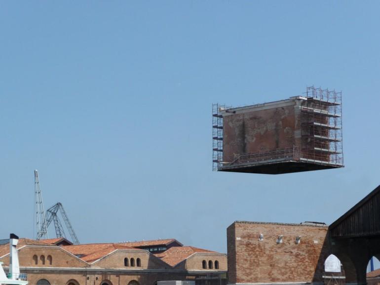 IFO architektura, 2010–2013, digitální tisk na MDF desce, 15x20 cm